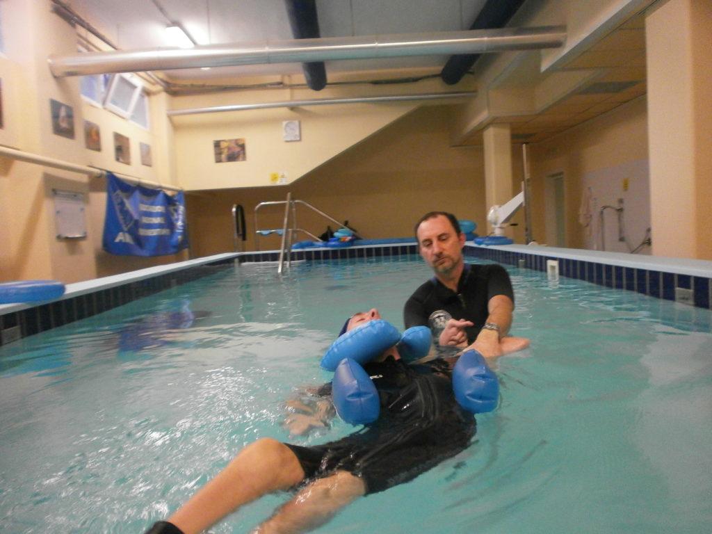 Trauma cranico riabilitazione in acqua